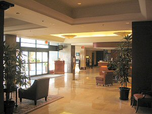 Marriott Vancouver Airport Hotel Lobby