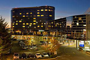 Radisson Hotel Vancouver Airport front