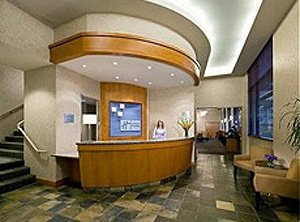 Holiday Inn Express Vancouver Airport  lobby